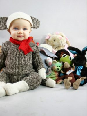 8 DIY Halloween Costumes for Babies thumbnail