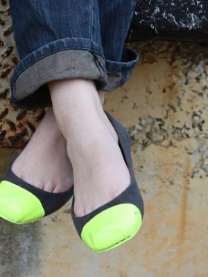 DIY Patent Neon Ballet Flats Shoes – How To-sday thumbnail