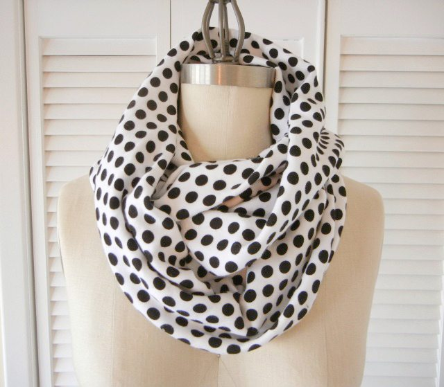 How to Sew and Infinity Scarf
