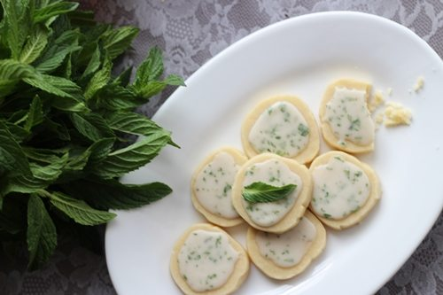mint julep cookie recipe good eats shrimp salad circus. Black Bedroom Furniture Sets. Home Design Ideas