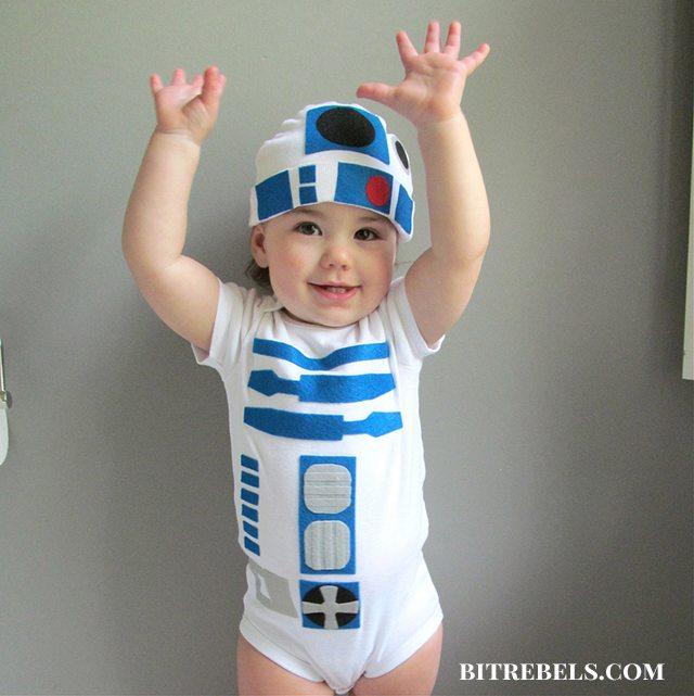 DIY Baby R2D2 Halloween Costume