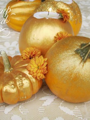 Gold Glitter Pumpkin Centerpiece . How To-sday thumbnail