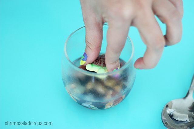 DIY Candy Turtle Terrariums Step 3