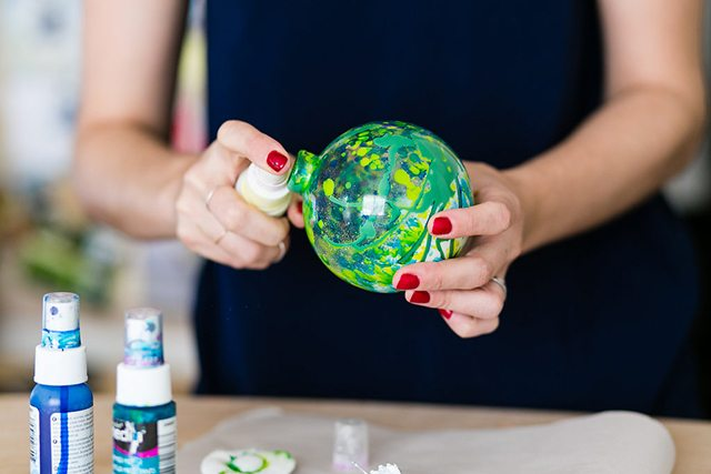 DIY Galaxy and Planet Christmas Ornaments - Step 5