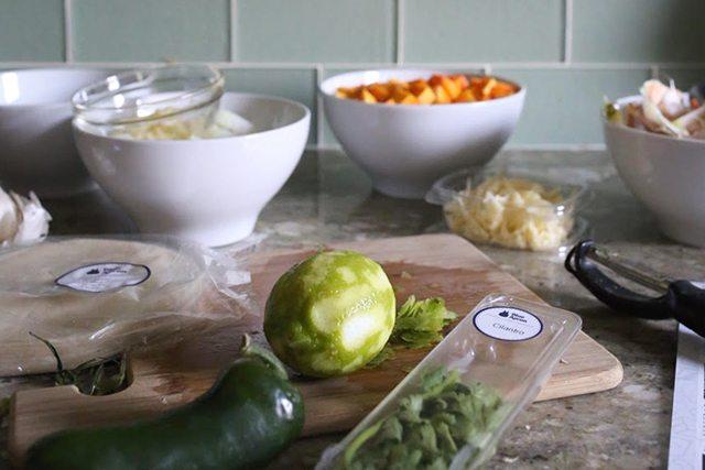 kitchen-hacks-and-cooking-tricks-prepping-ingredients