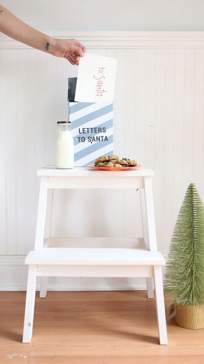 DIY Letters to Santa Mailbox