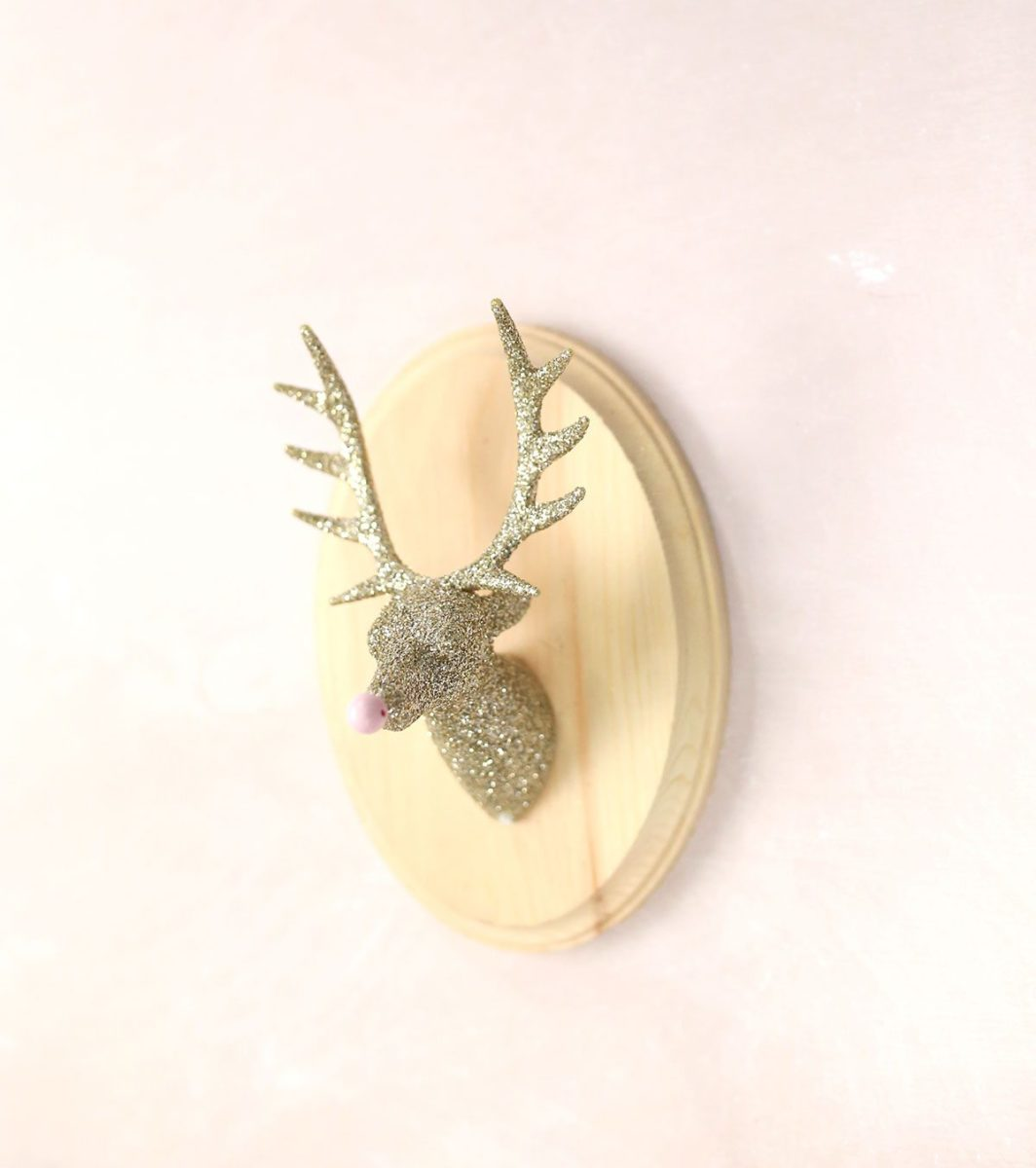 DIY Glitter Taxidermy Reindeer for Christmas
