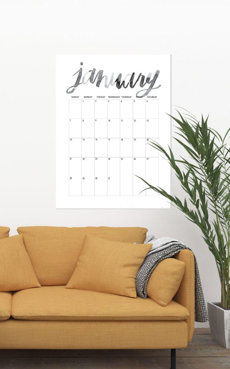 Oversized Hand Lettered Free Printable 2018 Calendar