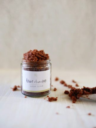 DIY Mint Chocolate Sugar Scrub Recipe + Free Printable Labels thumbnail