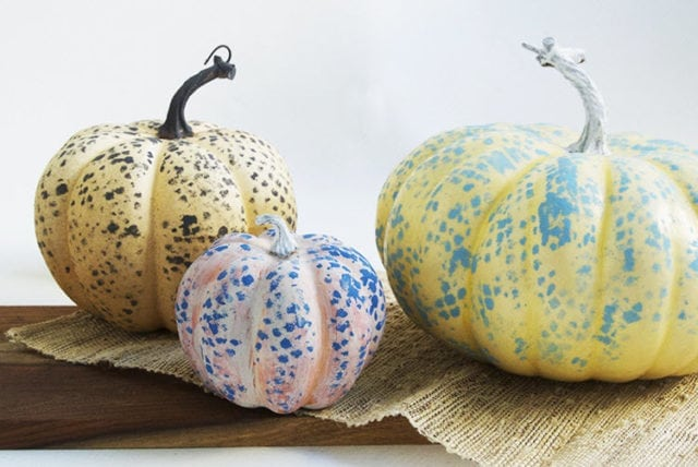 DIY Painted Pumpkins From A Mesh Bag