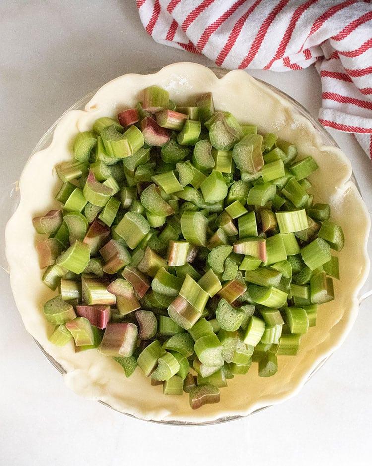How to Make Rhubarb Pie With Fresh Rhubarb