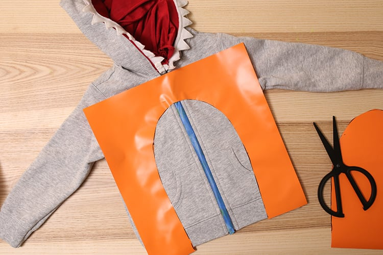 How to Make a Baby Shark Song Costume for Halloween - Step 7