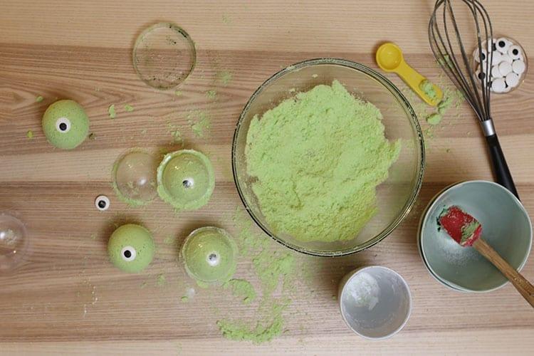 How to Make DIY Halloween Bath Bombs - Step 3