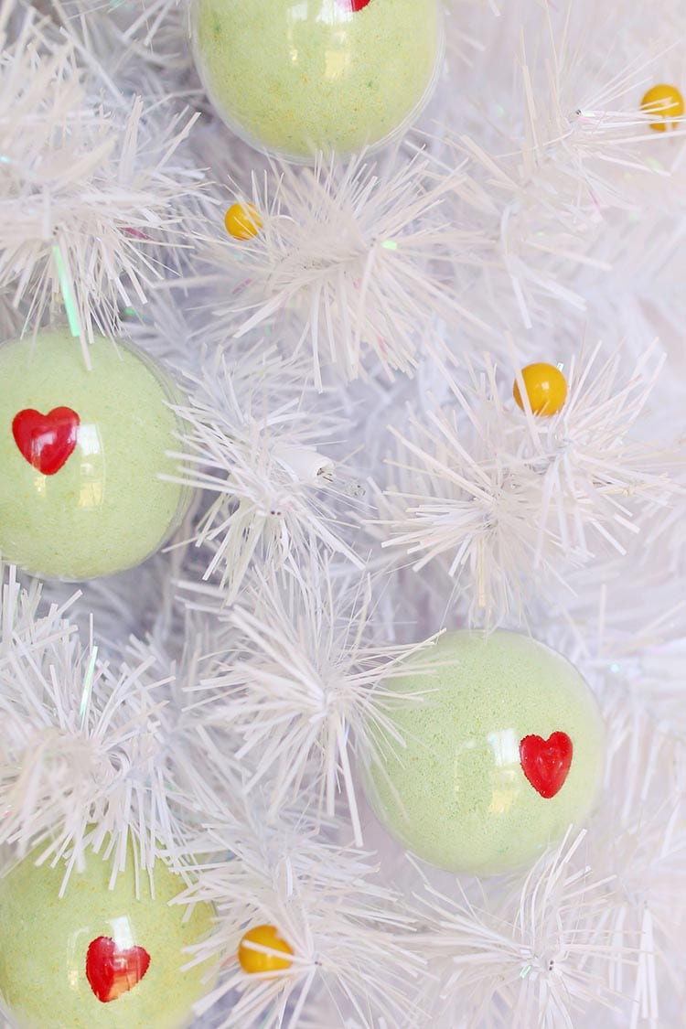 DIY Grinch Bath Bomb Ornaments for Christmas 2