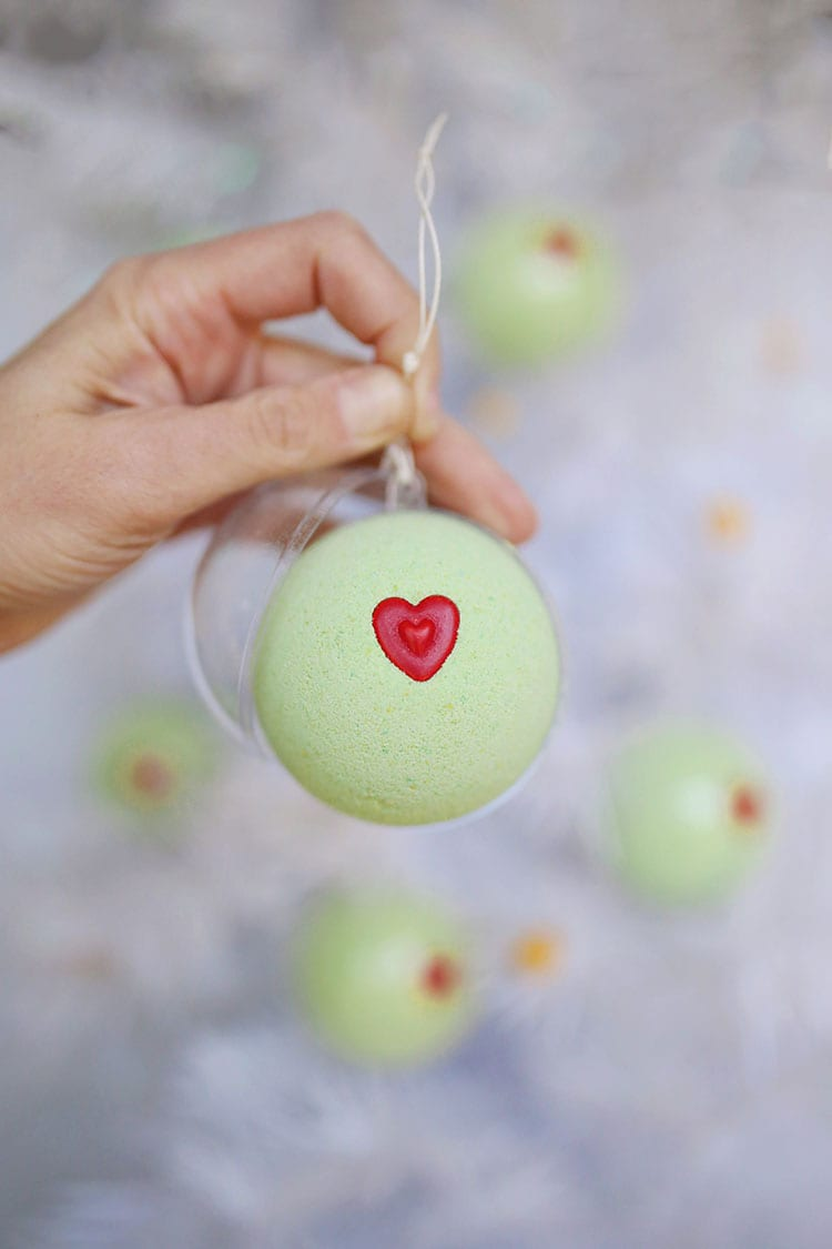 DIY Grinch Christmas Ornament Bath Bombs