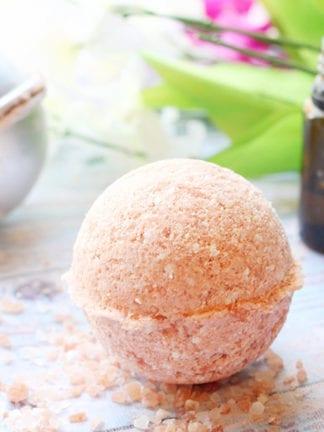 Recipe for Pink Himalayan Salt Bath Bombs thumbnail