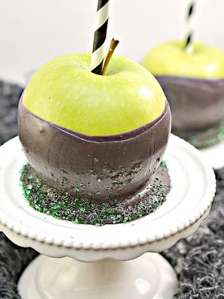 Super Easy Poison Apples Recipe for Halloween thumbnail