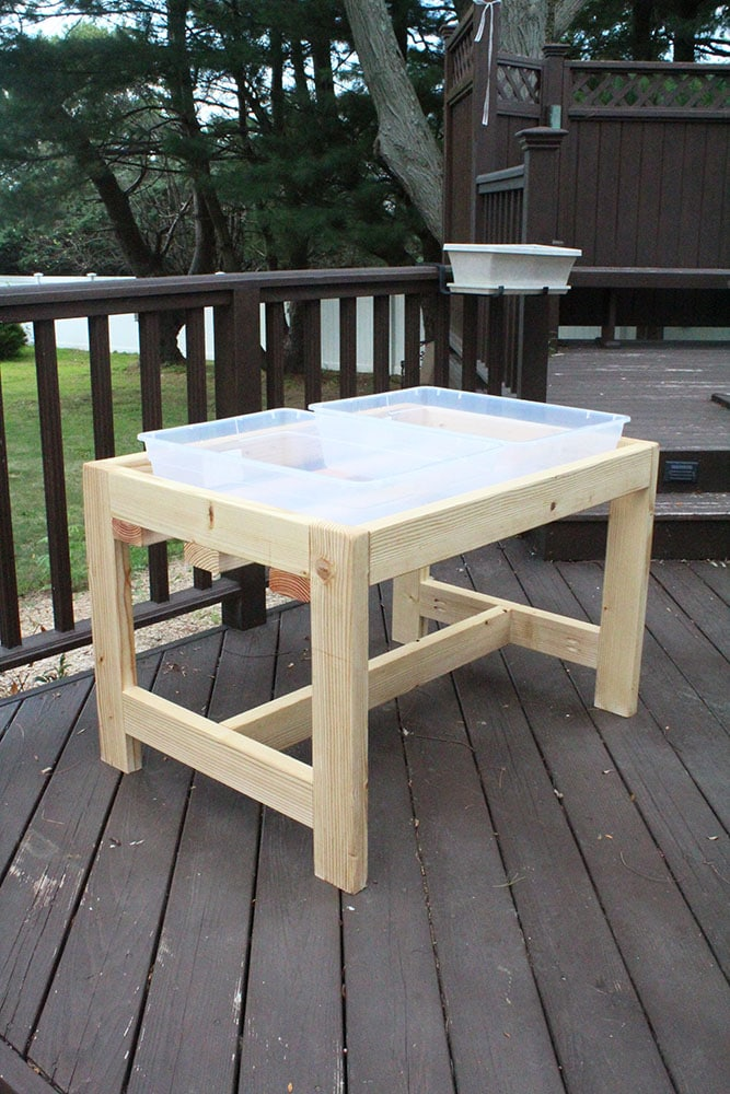 How to Build a DIY Sand and Water Table | Easy Sensory Table with Lids