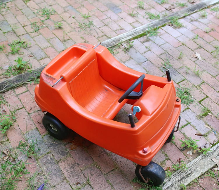 How to Take Apart a Little Tike Cozy Coupe Plastic Car