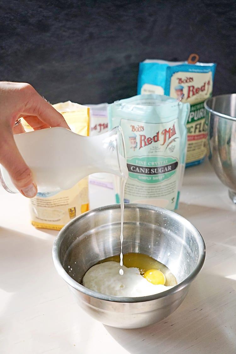 Cast Iron Skillet Jalapeño Cheddar Buttermilk Cornbread Recipe