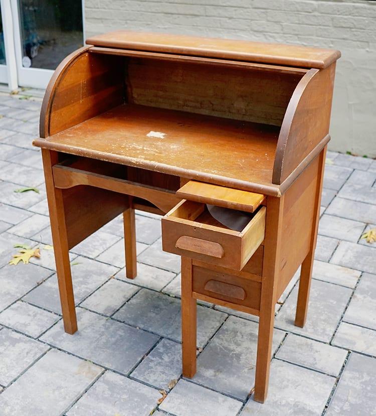Vintage Roll Top Desk Makeover - Before 1