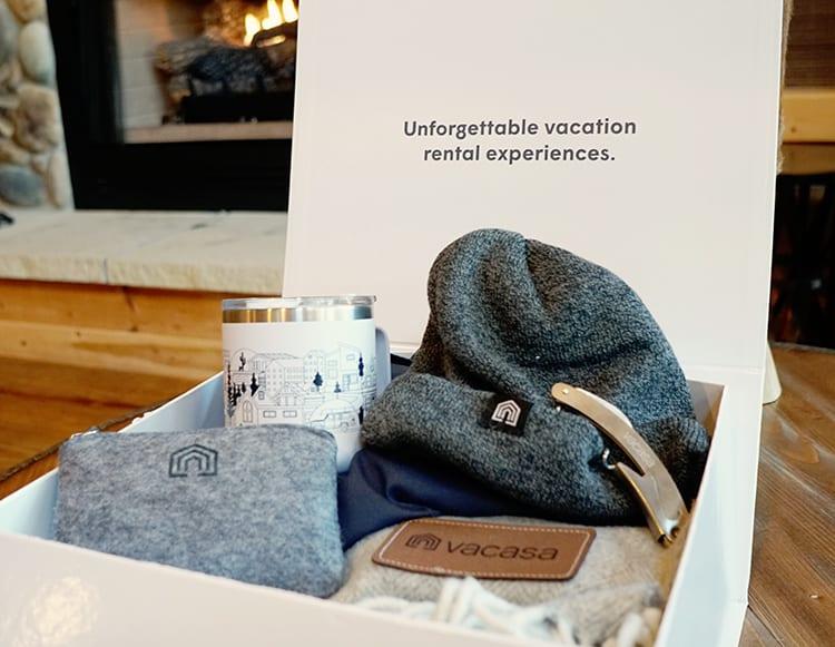 Vacasa Gift Box