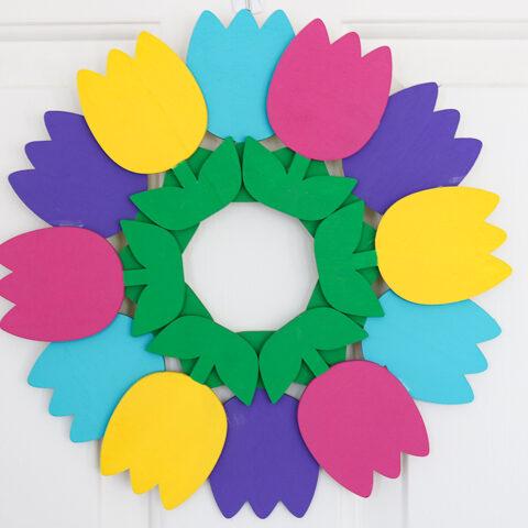 Make a tulip wreath with a few supplies!